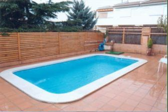 Piscina prefabricada rectangular 420 aqua systems egara for Piscinas de plastico rectangulares